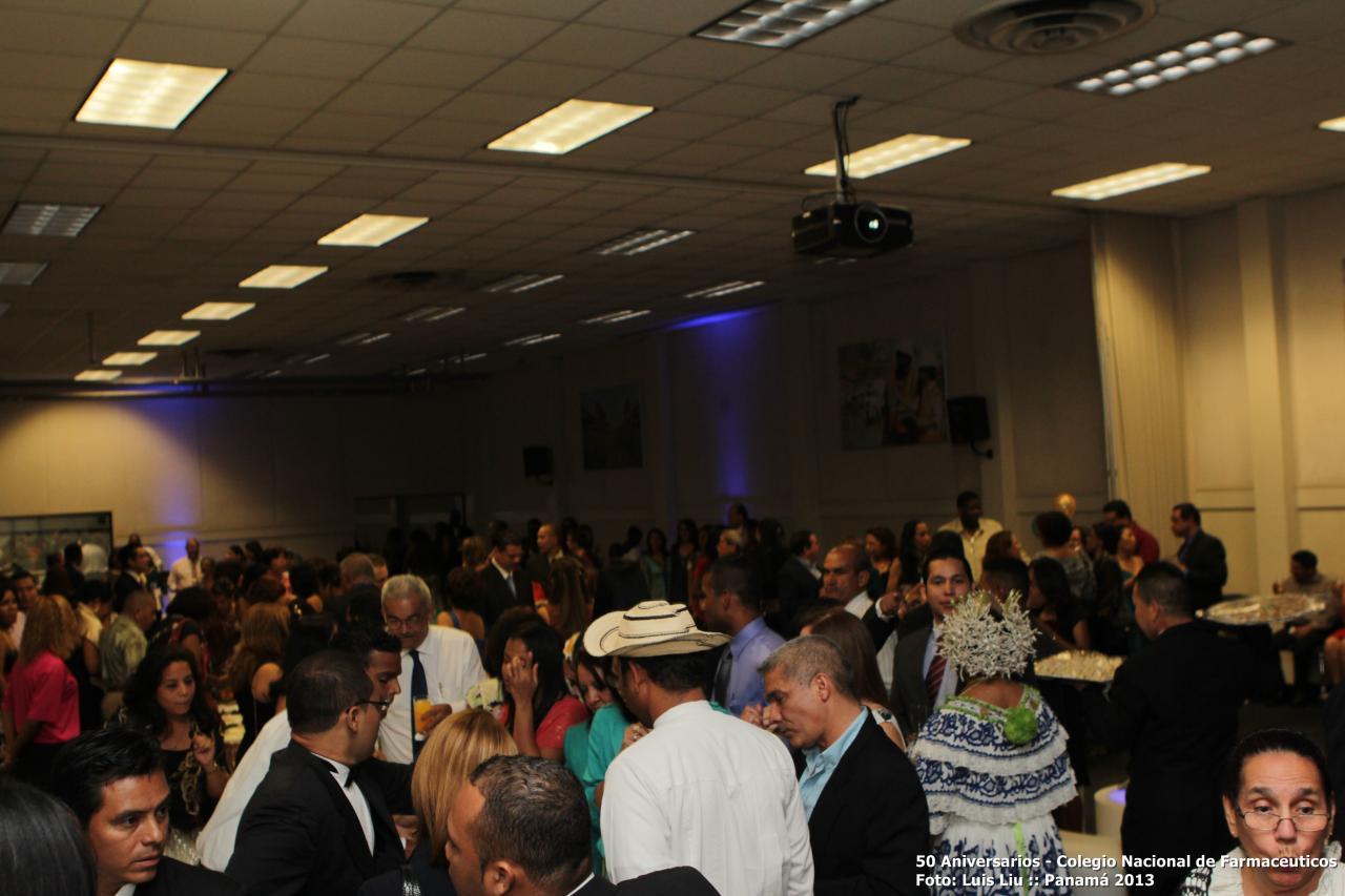 olga-pinilla-50-aniversarios-colegionacional-de-farmaceuticos-foto-luis-liu-12.jpg